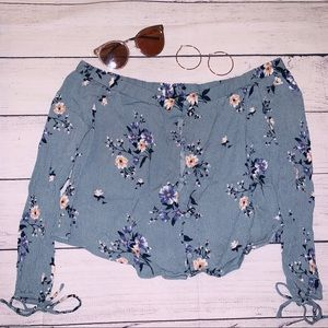 Floral Button Crop Top